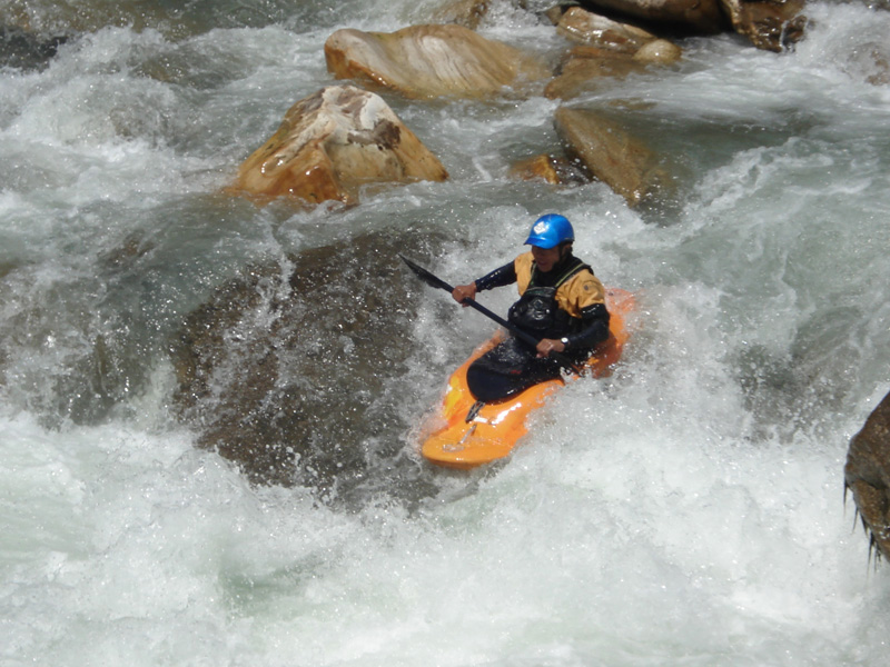 Kayaking Nepal Bhote Kosi Guide
